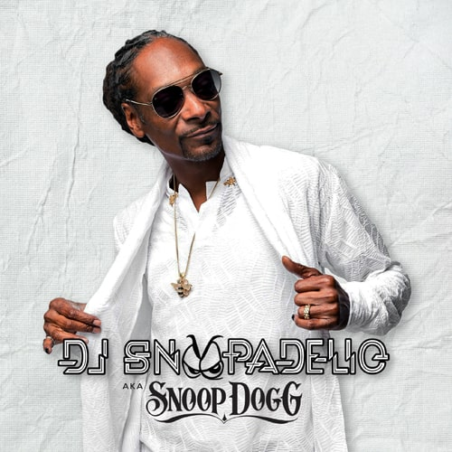 DJ Snoopadelic AKA Snoop Dogg